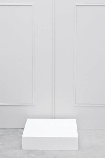 Etalage sokkel laag model wit